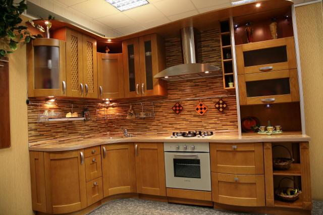 выбирать фасады для кухни массив производство краснодар изготовлено